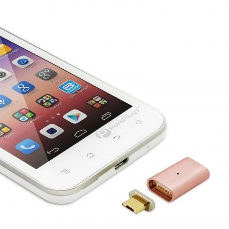 Magnet charging adapter for smartphone